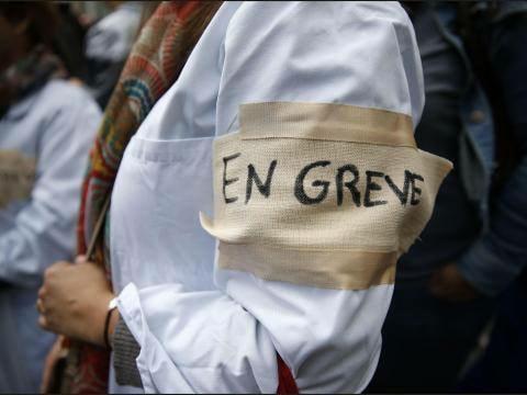 Hôpital de Vannes : soutien aux grévistes du service des urgences