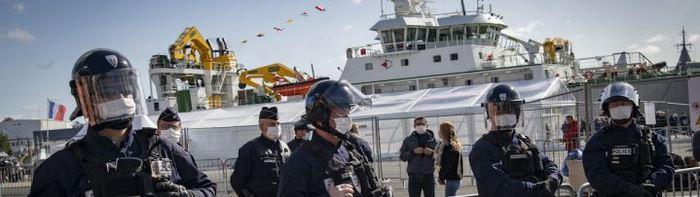 La France lance un chalutier géant «fossoyeur des mers»