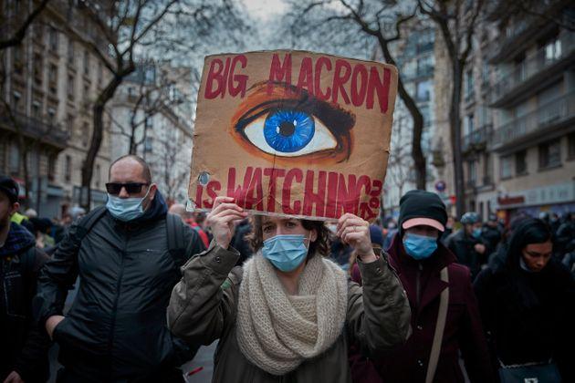 Le recul de la démocratie en France est une menace pour la liberté dans le monde